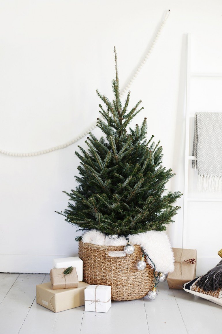 10 Scandinavian Christmas Decoration Ideas For Your Home