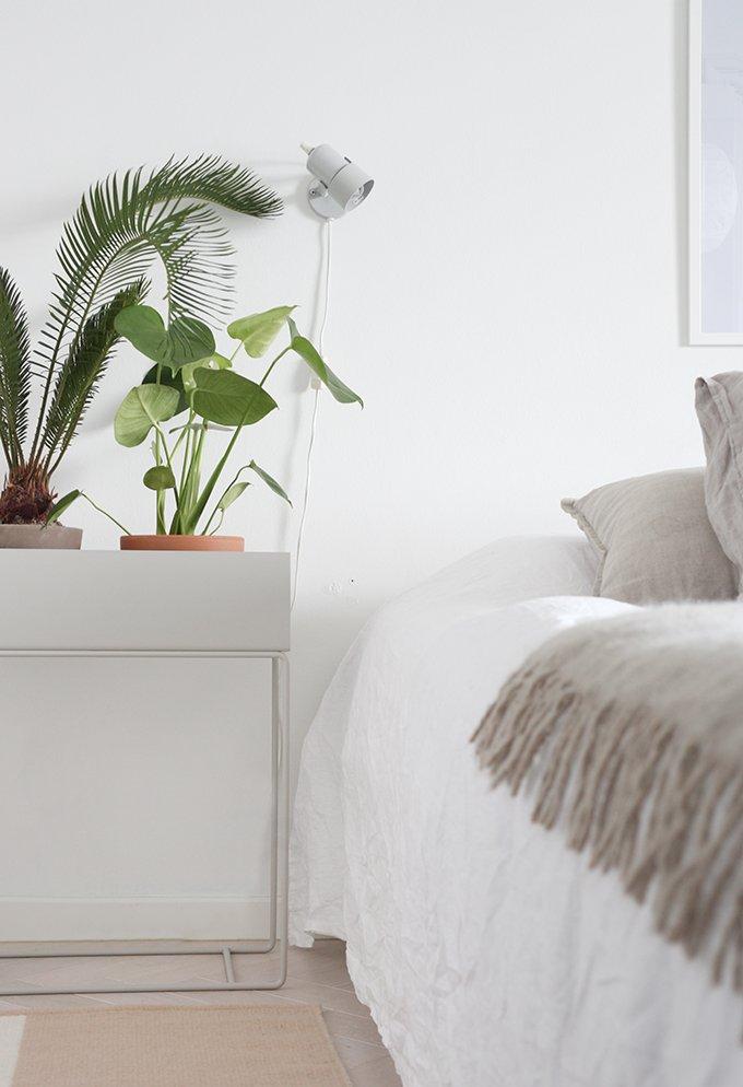 Scandinavian bedroom fermliving nighstand plant dekolehti