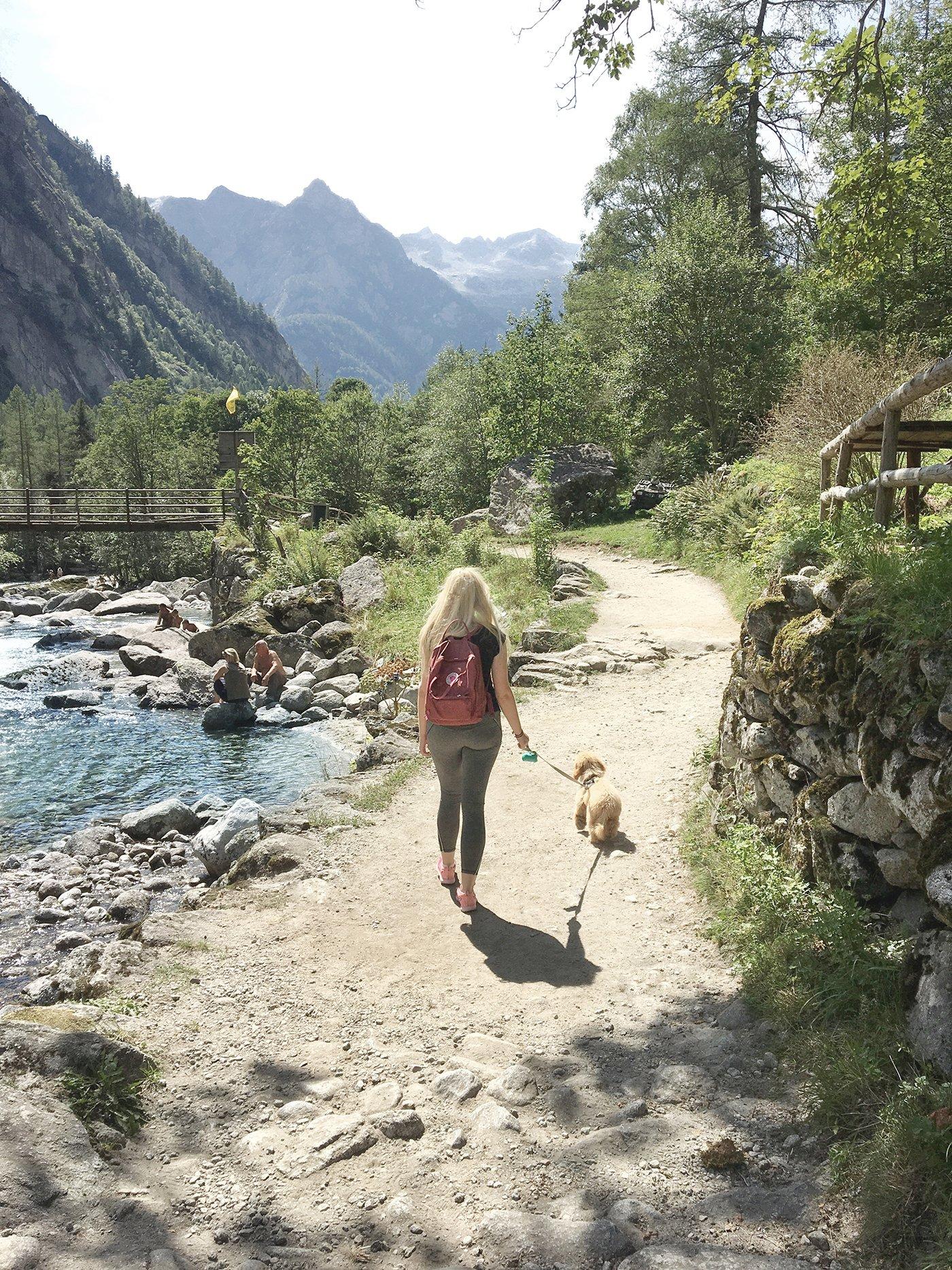 hiking alps italy scandinavian feeling