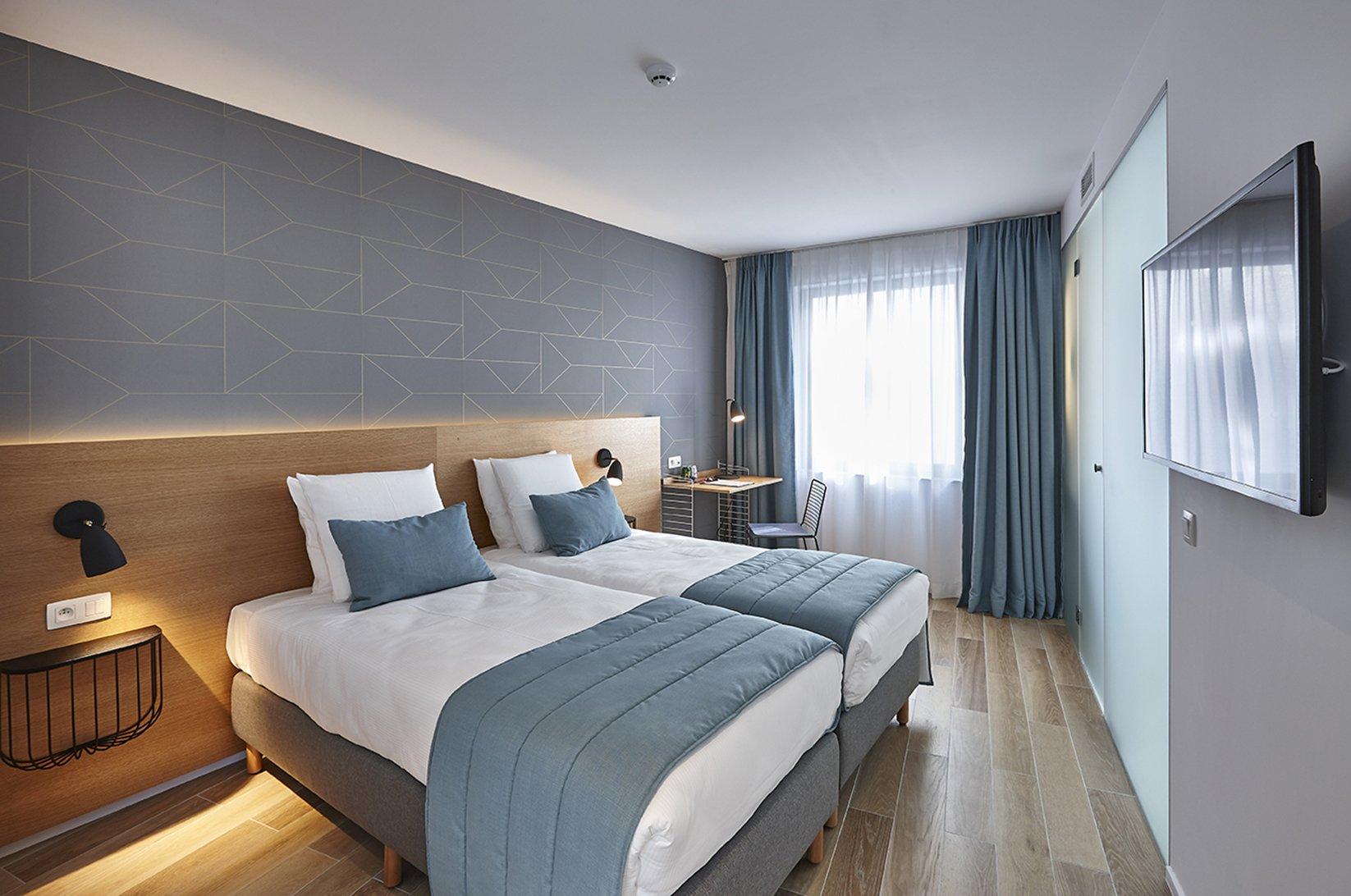 hygge hotel brussels belgium bedroom