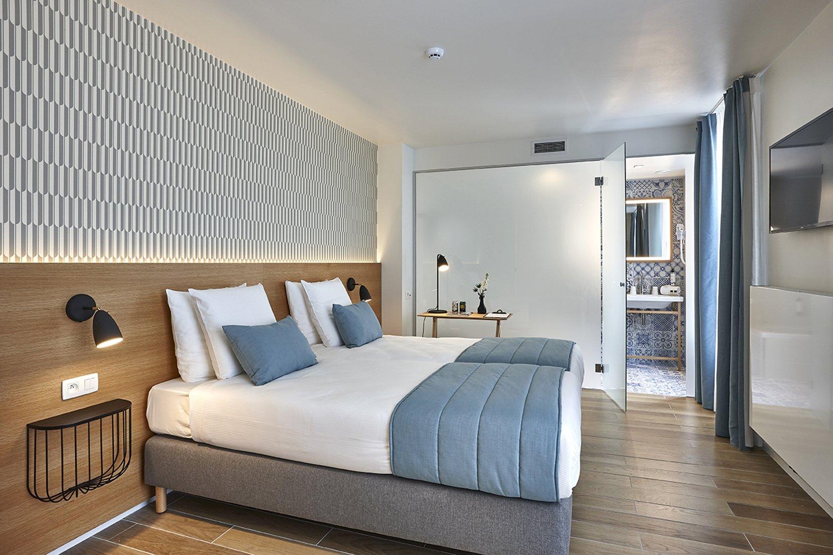 hygge hotel brussels belgium bedroom 2