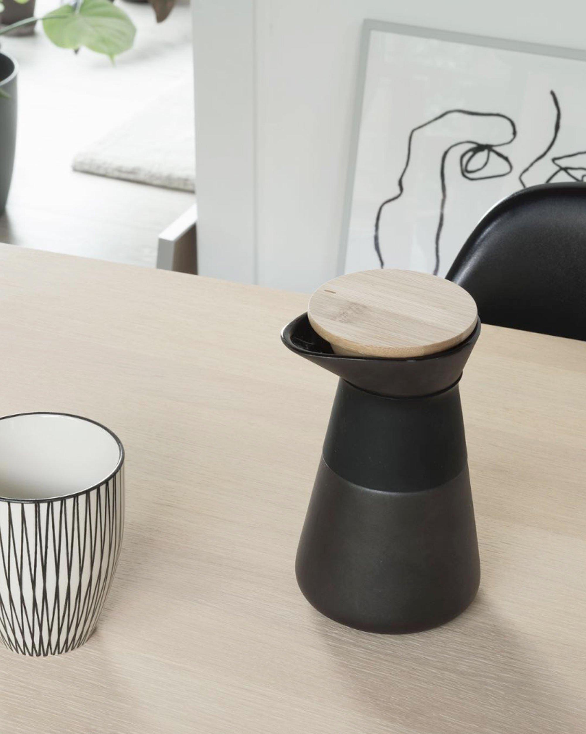 scandinavian feeling cozy coffee summer