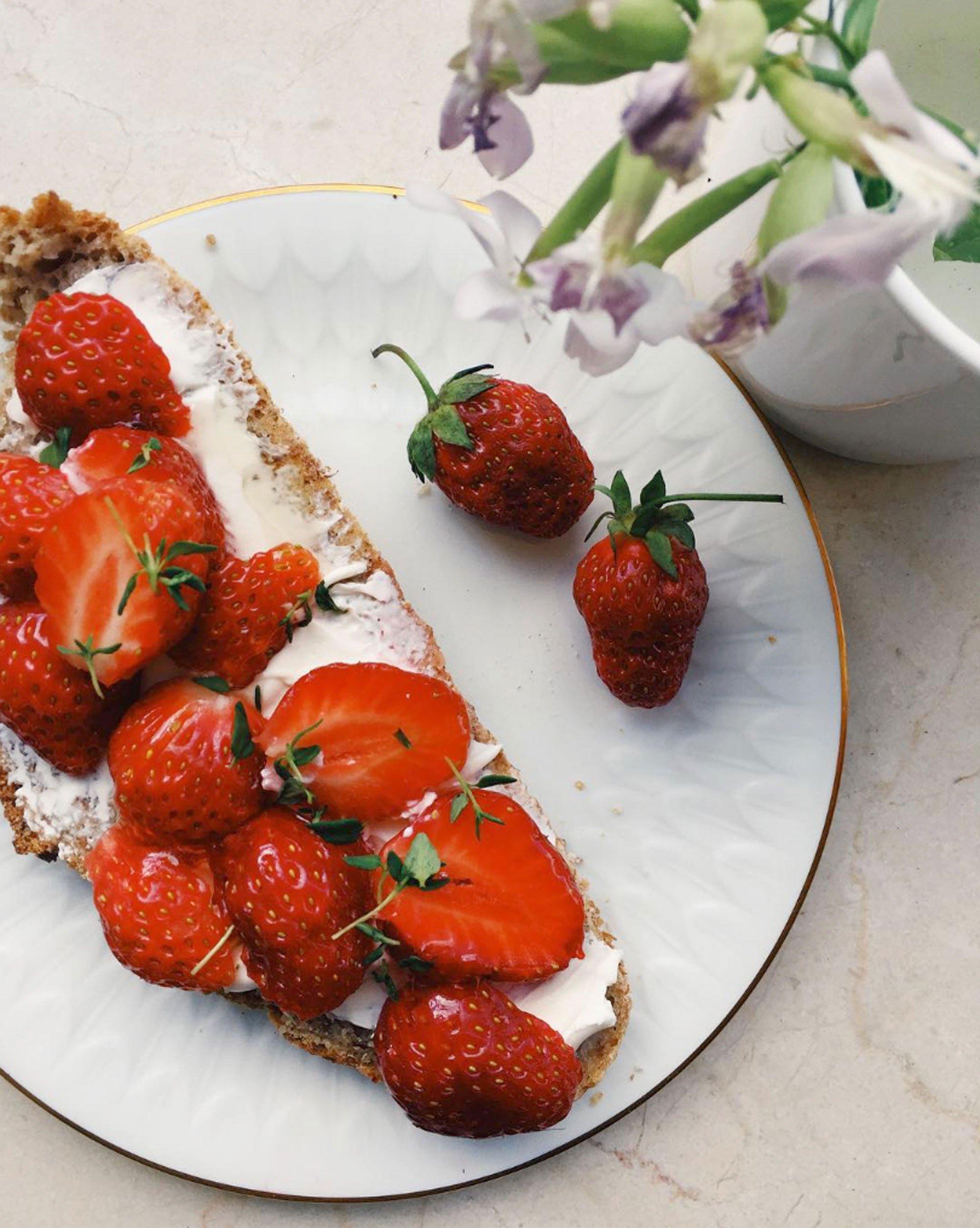 scandinavian feeling strawberry summer