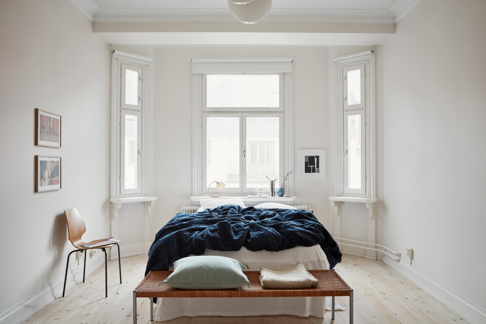 bedroom cozy open light