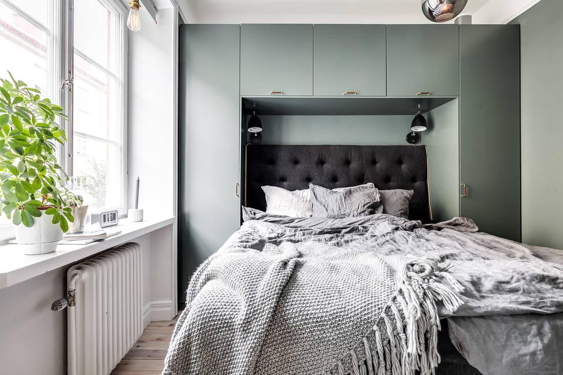 bedroom cozy storage nook