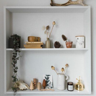 autumn decor idea shelf minimal