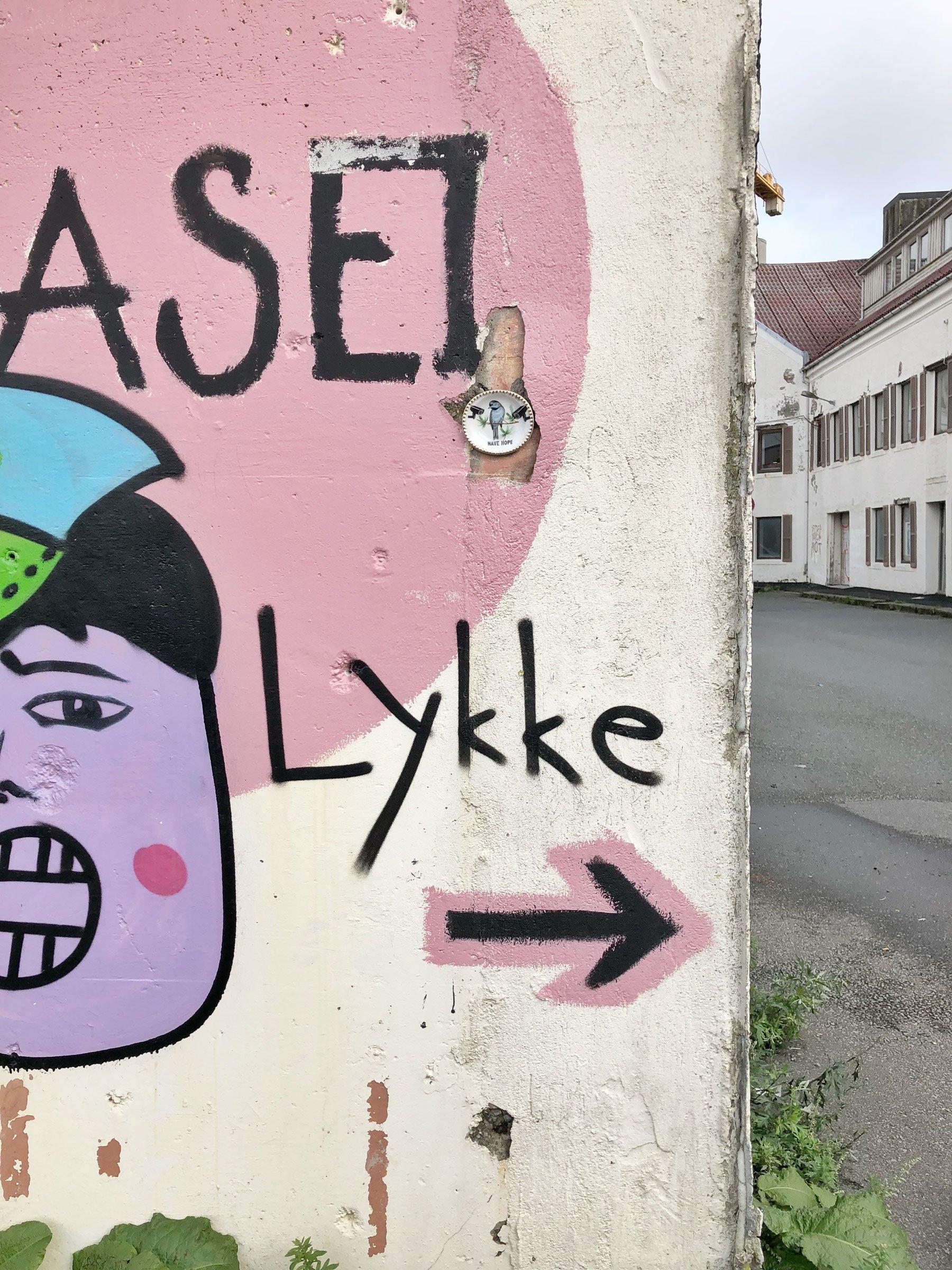 stavanger norway streetart lykke