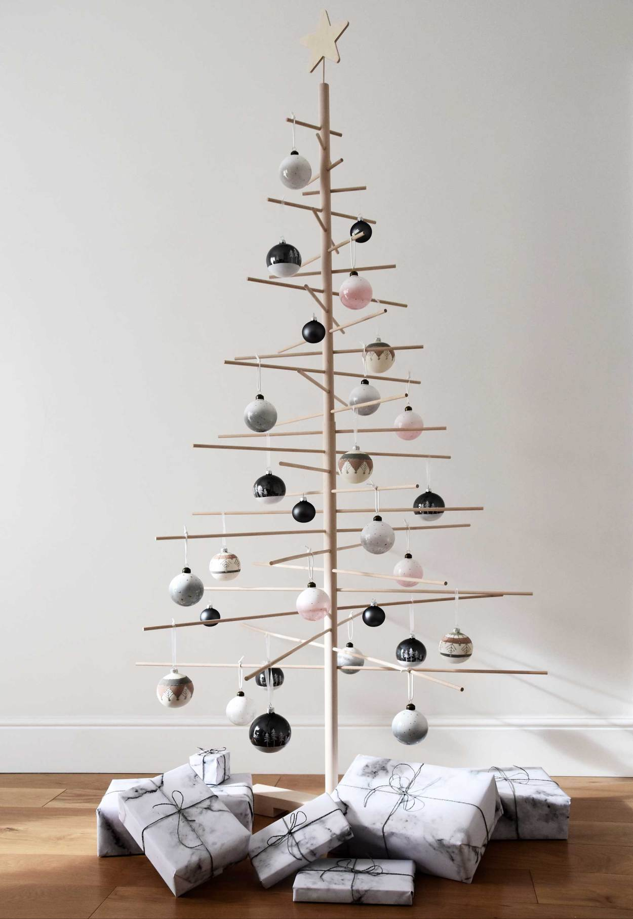 Nordic Style Homes Decorated For Christmas