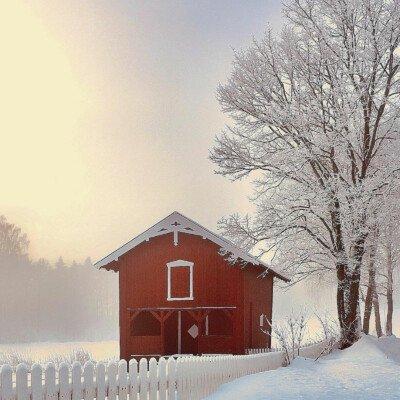 scandinavian feeling outdoors winter
