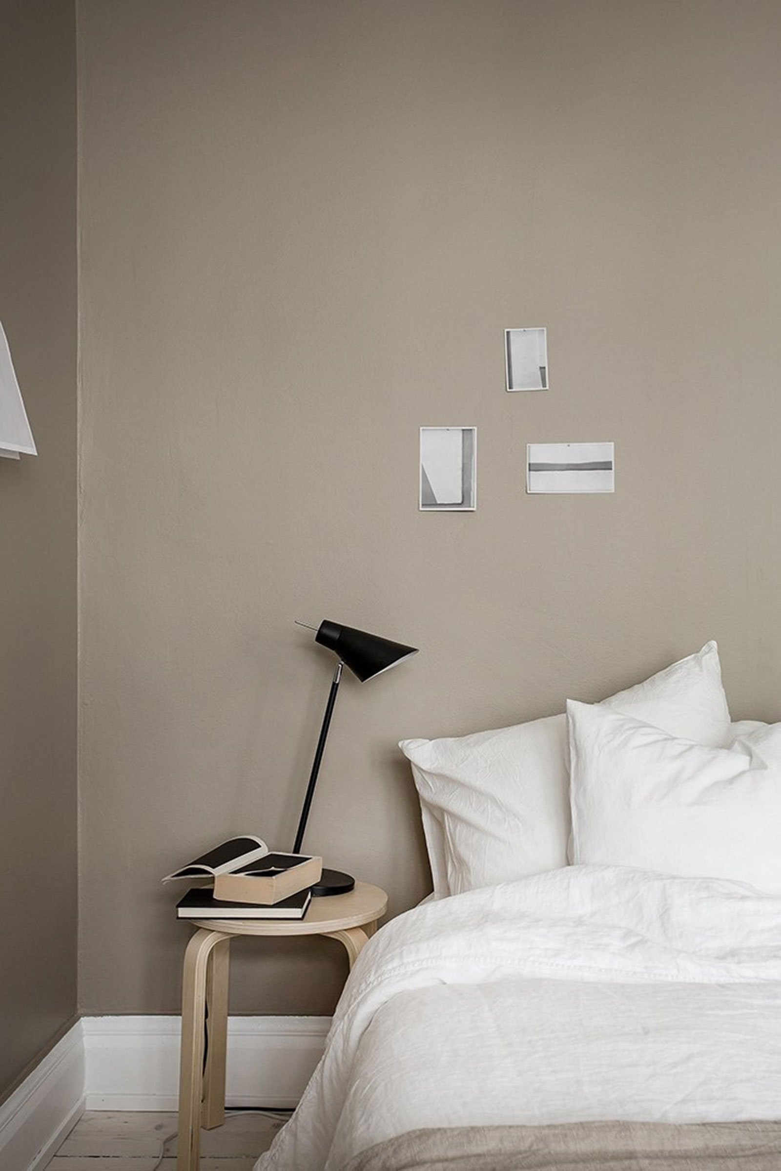 beige bedroom calm cozy scandinavian