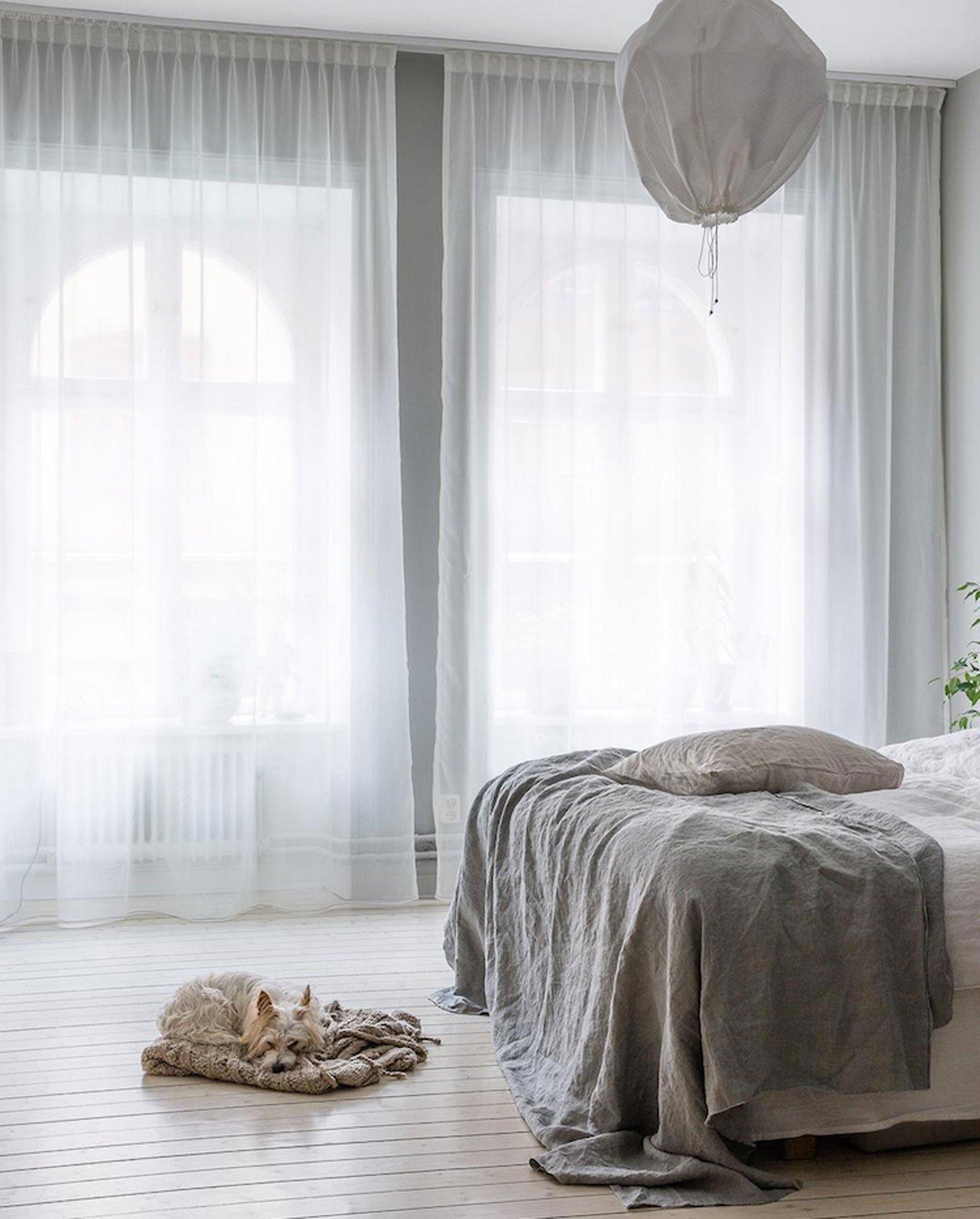 pale turquise bedroom calm cozy scandinavian