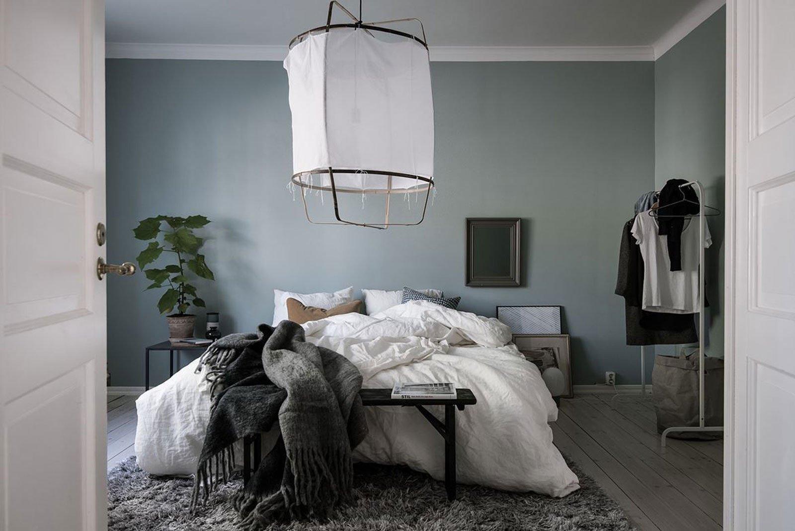 turquise bed calm cozy scandinavian