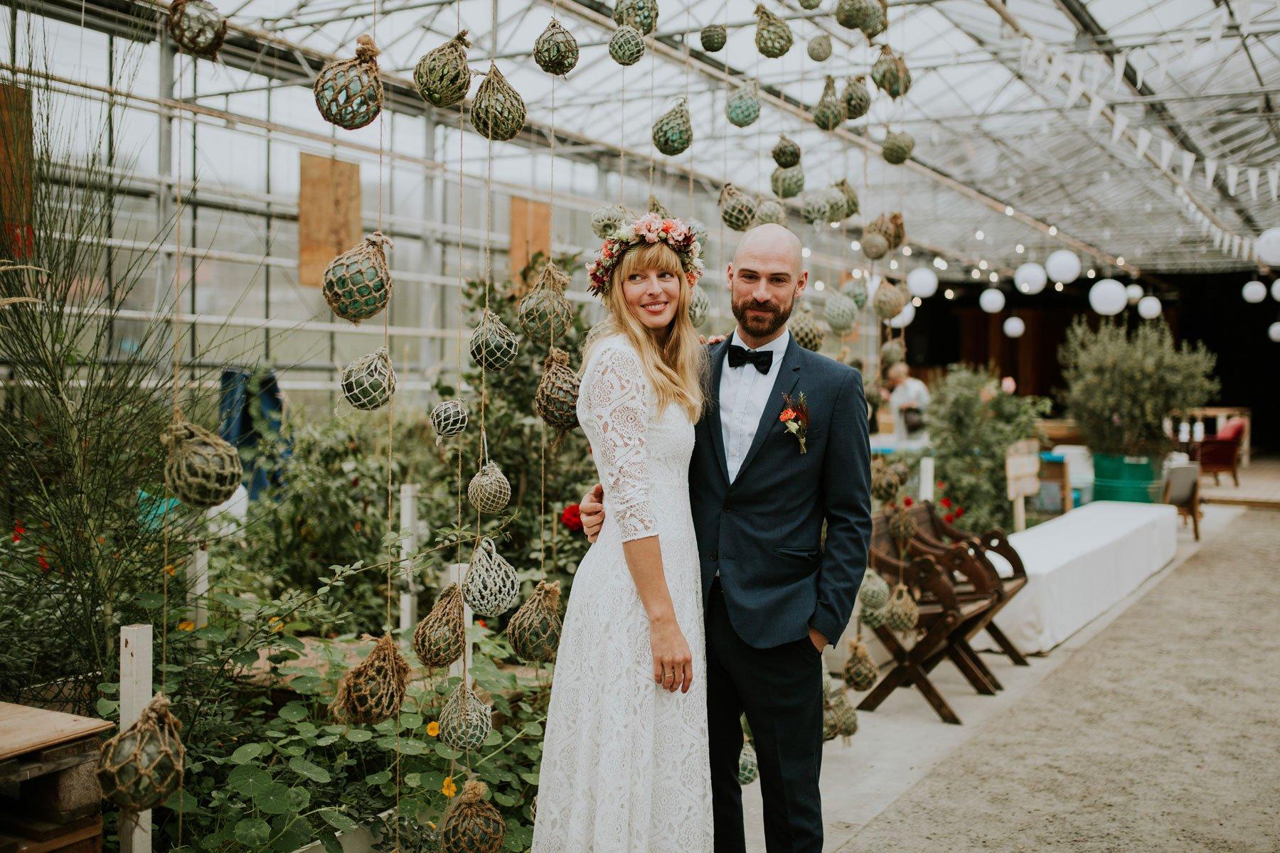 couple norwegian wedding lineowrenfotografi tuvamats