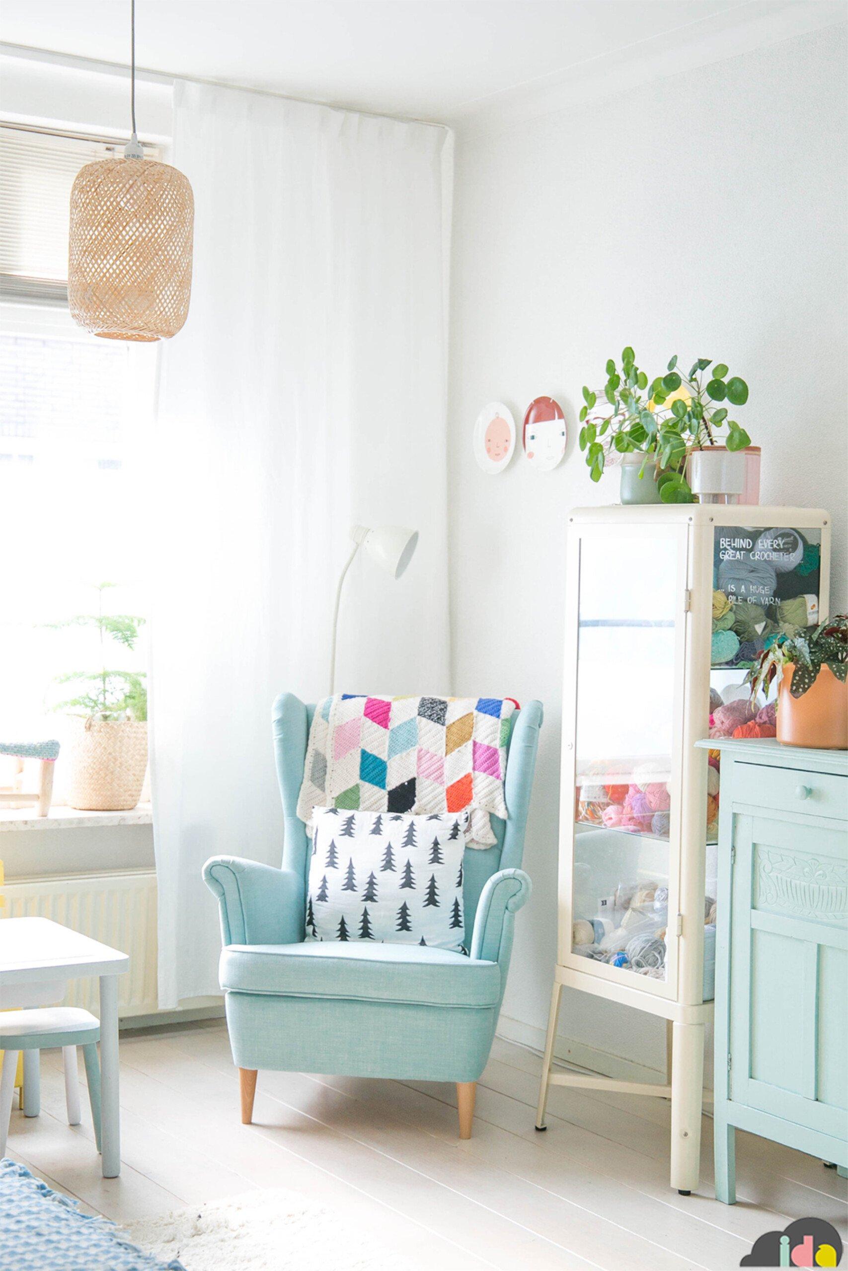 IDAinteriorlifestyle 2 livingroom chair cozy home scaled