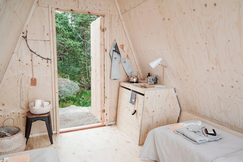 thatscandinavianfeeling airbnb finland interior entrance cozy view