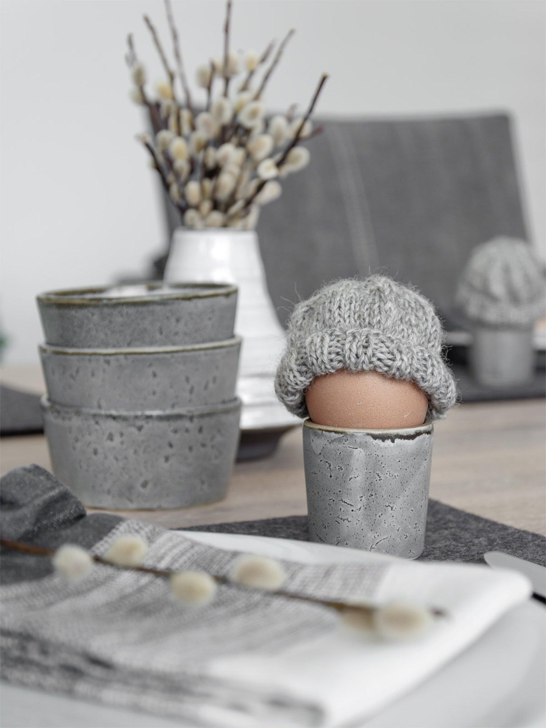 Easter DIY inspiration egg knitted hat