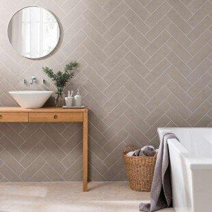 632263 touchline silver tile bathroom wall 1