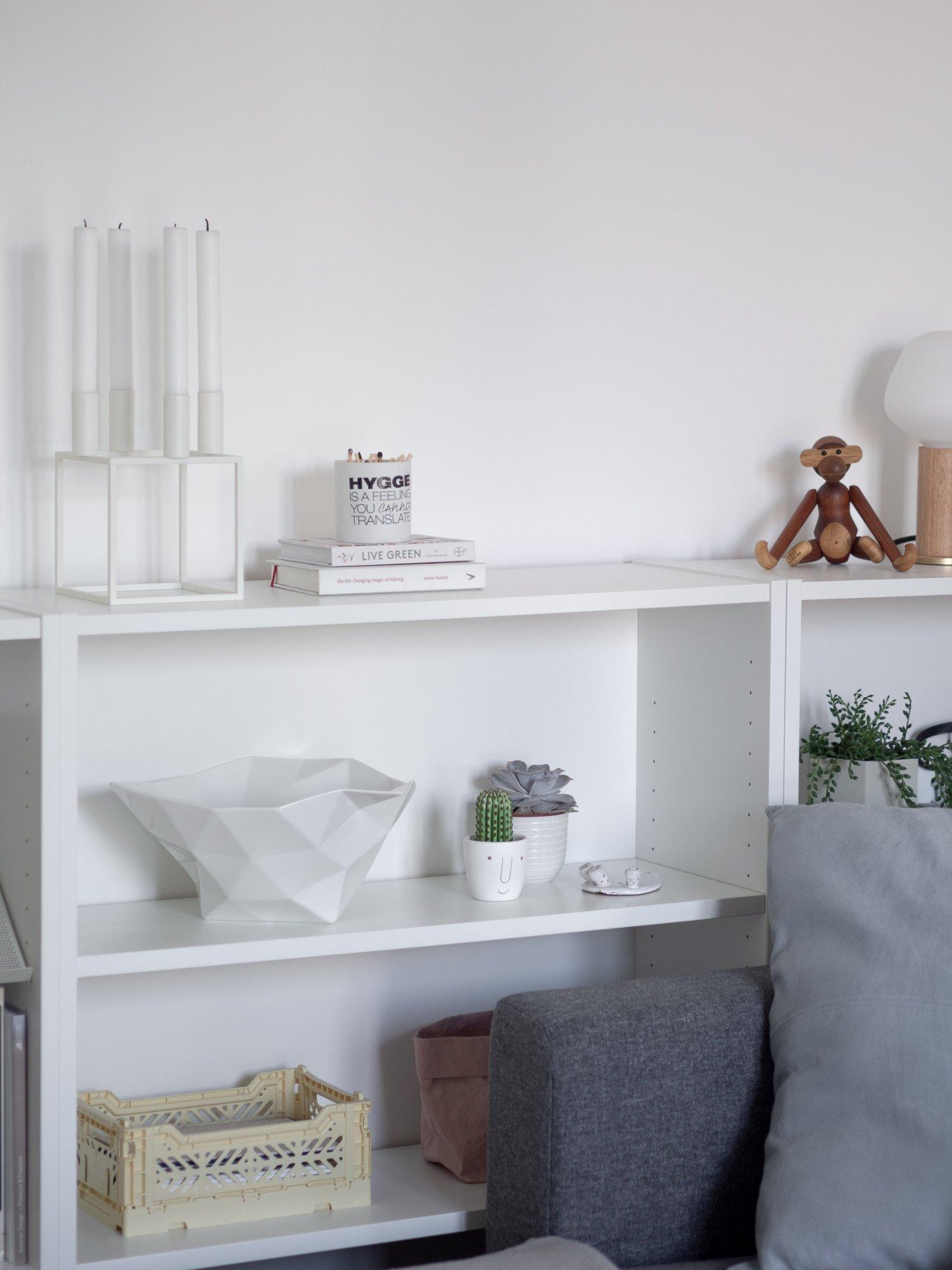 That Scandinavian Feeling Home Tour livingroom shelf decor