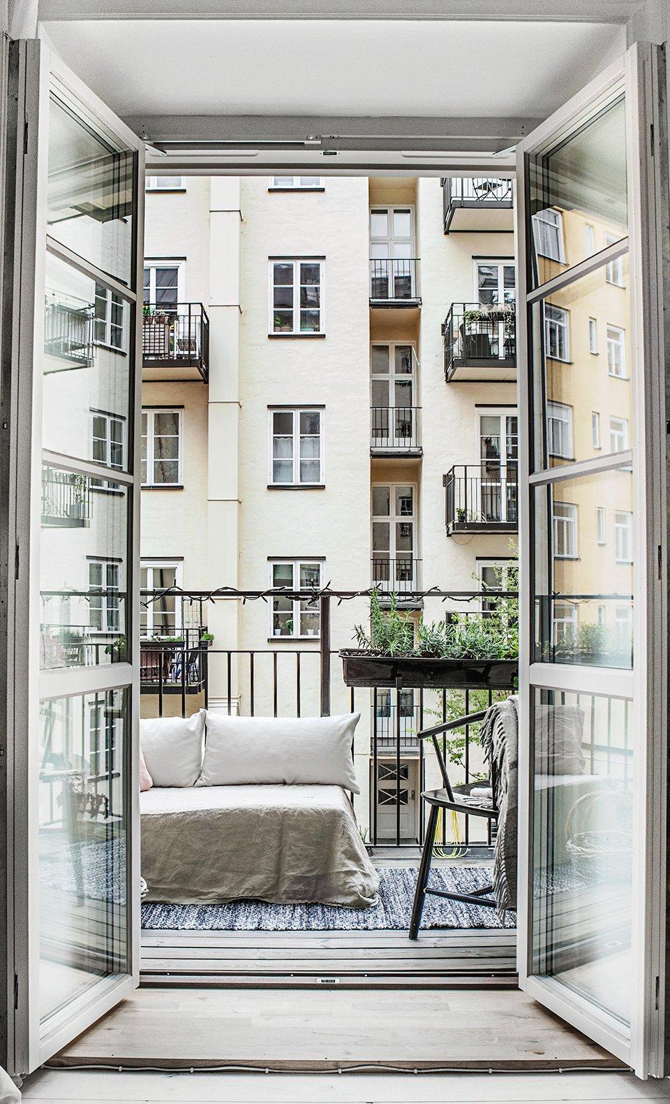 thatscandinavianfeeling cosy balcony scandinavian hygge 13