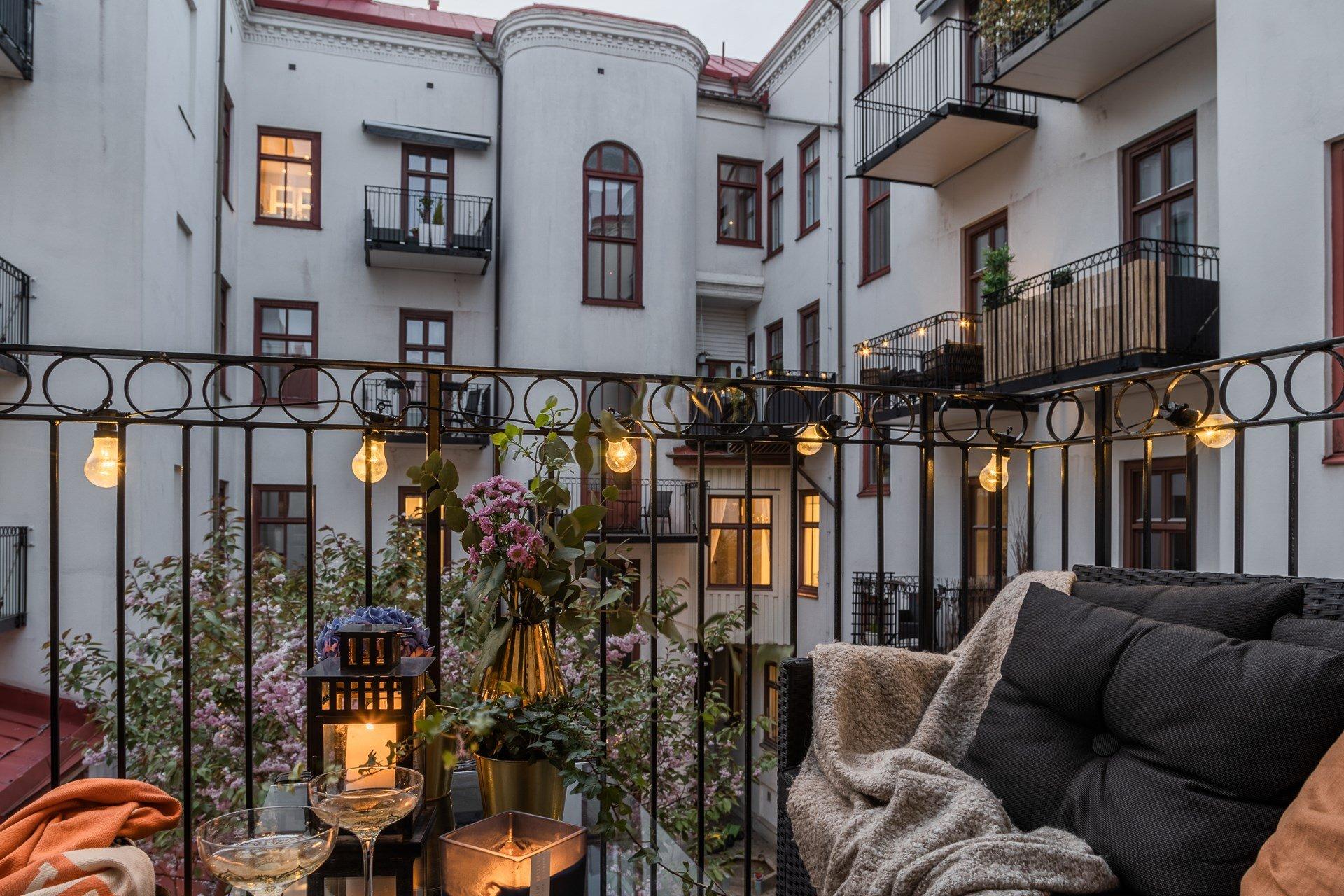 thatscandinavianfeeling cosy balcony scandinavian hygge 7