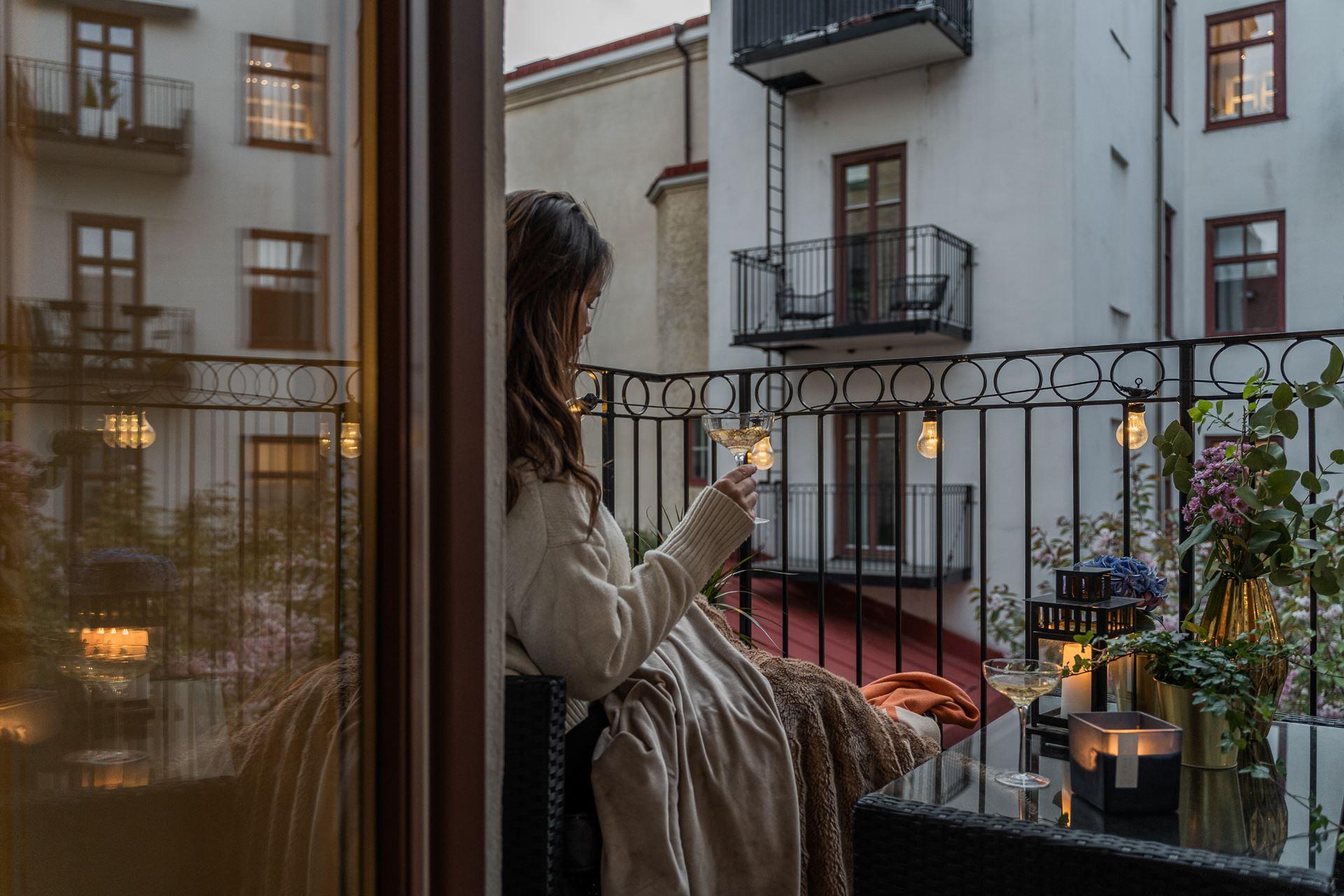thatscandinavianfeeling cosy balcony scandinavian hygge 8