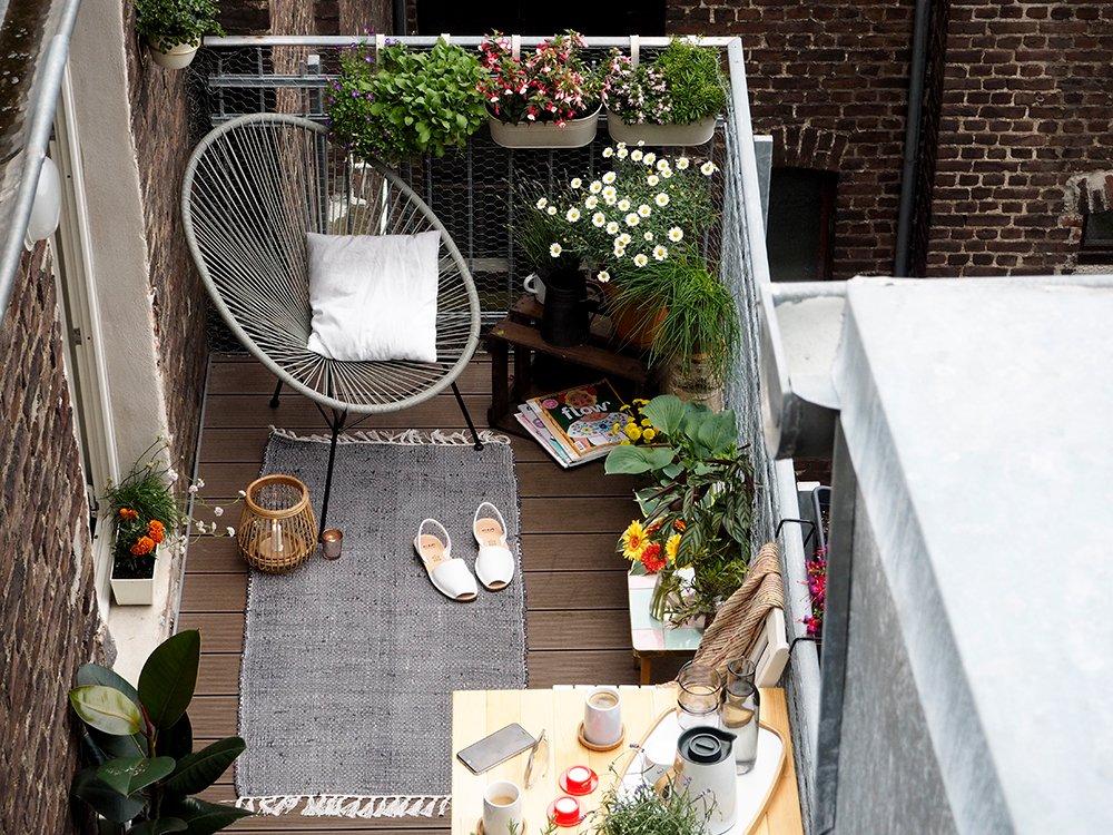 thatscandinavianfeeling cosy balcony scandinavian hygge 9