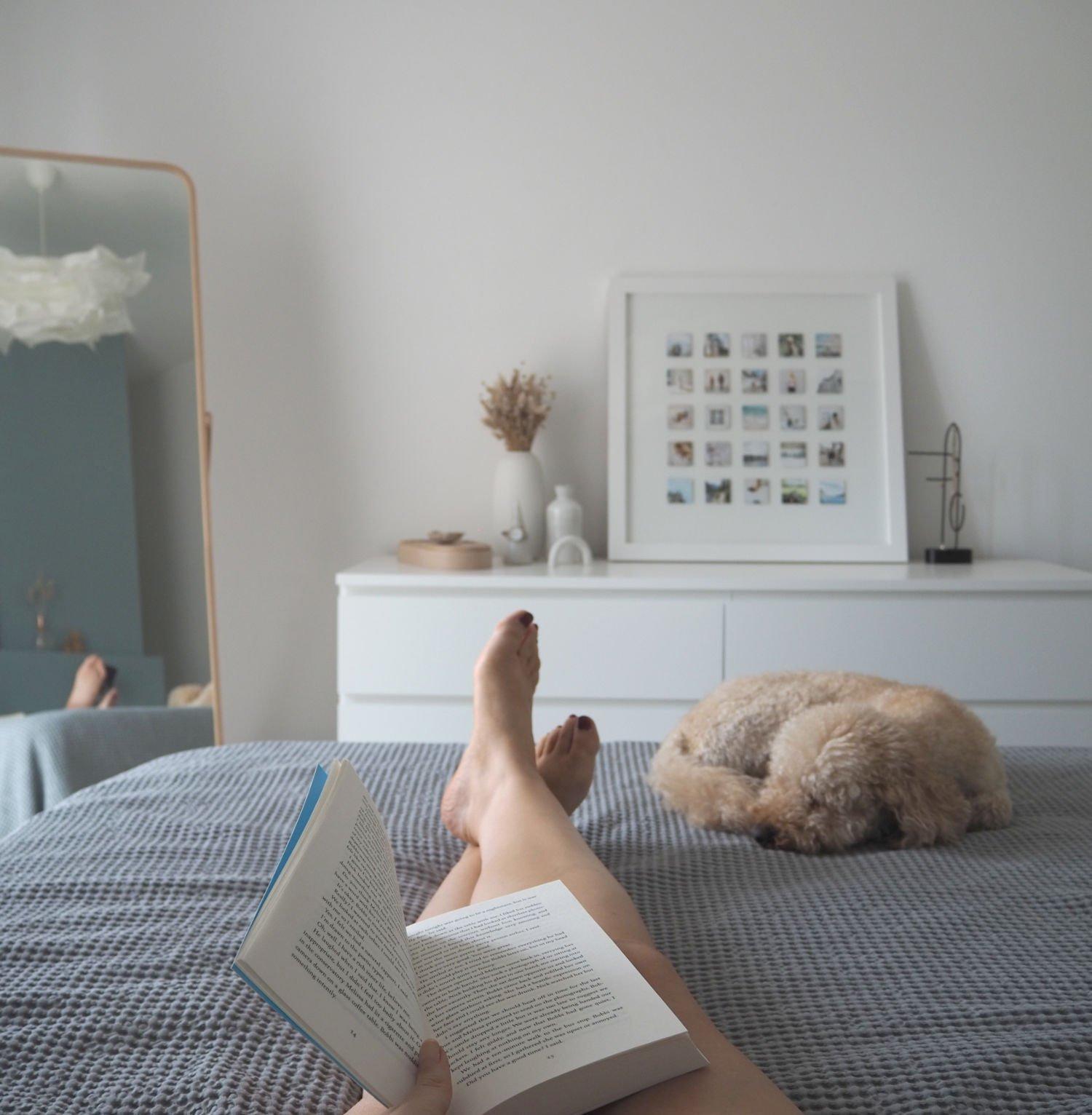 thatscandinavianfeeling reading hygge home