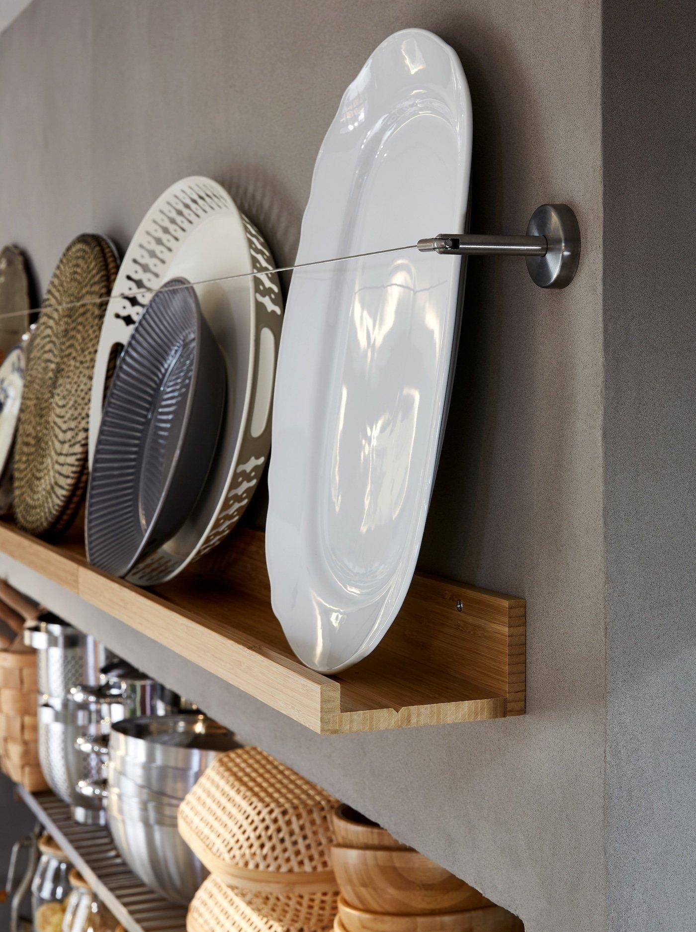 scandinavian-interior-decor-tips-ikea-picture-ledge-storage