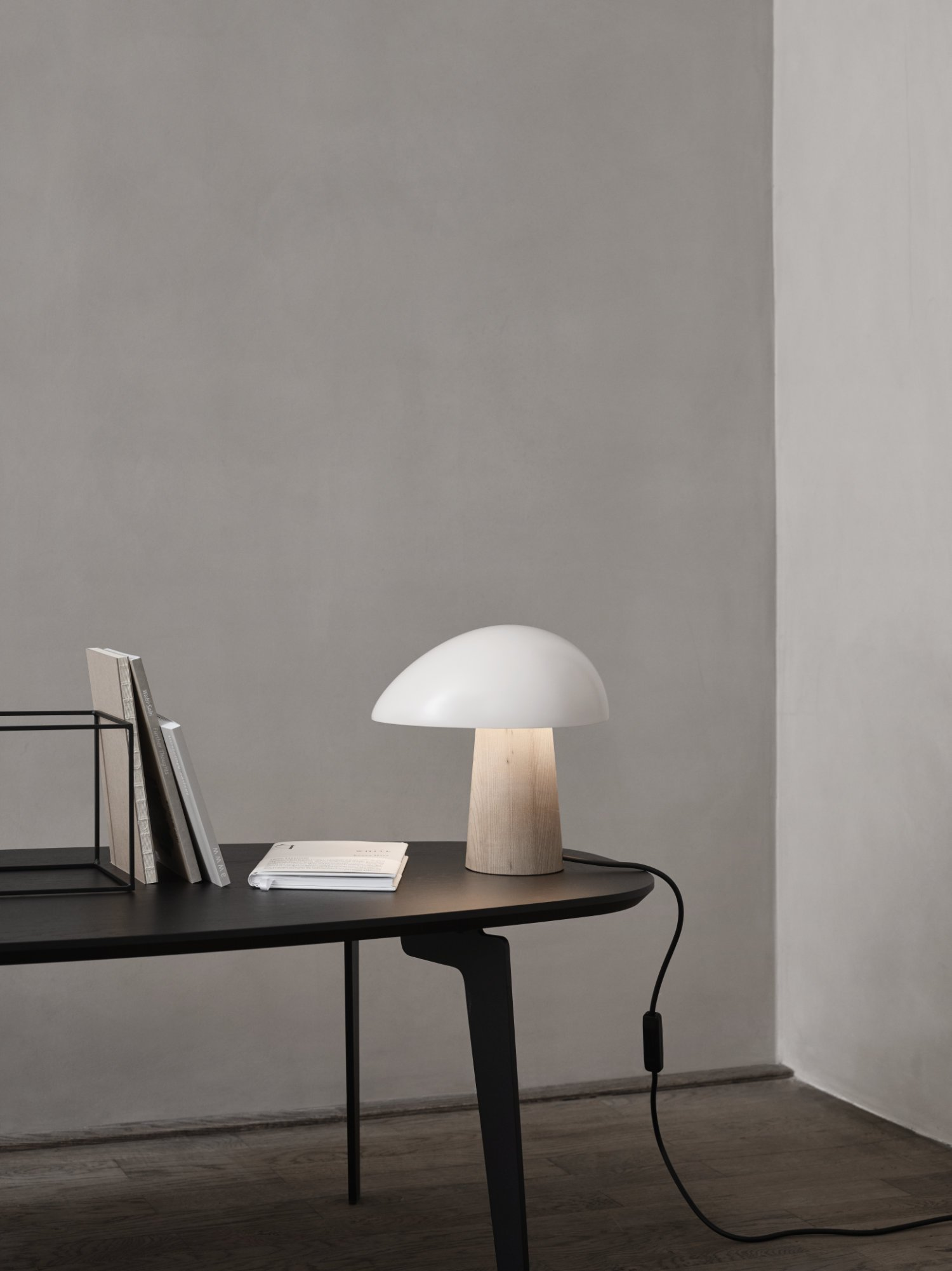 scandinavian feeling table lamp nightowl fritzhansen
