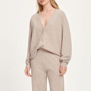 cozy-loungewear-scandinavina-style-fashion-autumn-nordic