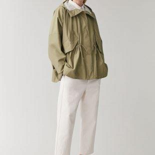 cozy-raincoat-scandinavina-style-fashion-autumn-nordic