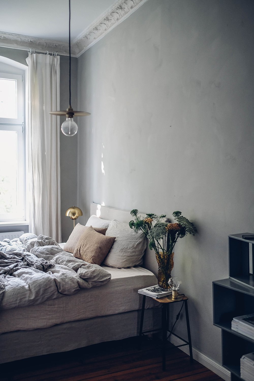 scandinavian feeling bedroom cozy hygge 1