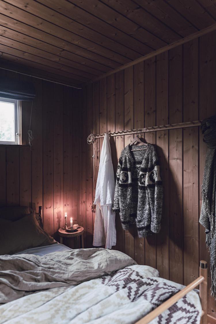 scandinavian feeling bedroom cozy hygge cabin 2