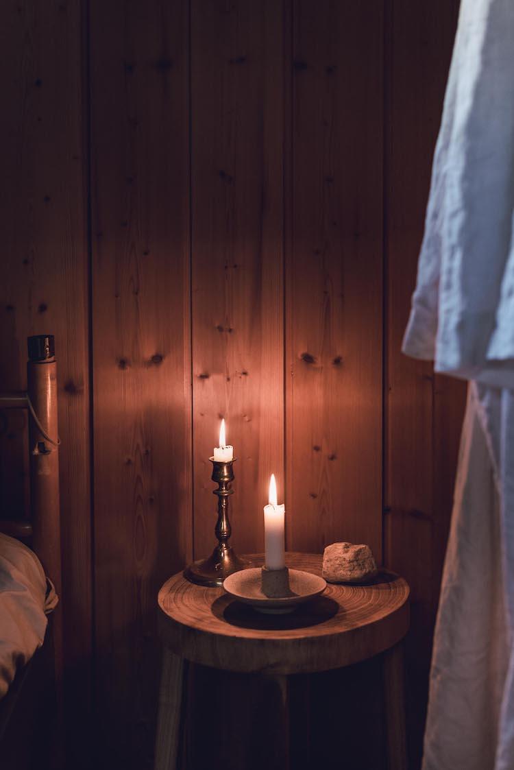 scandinavian feeling bedroom cozy hygge cabin 3