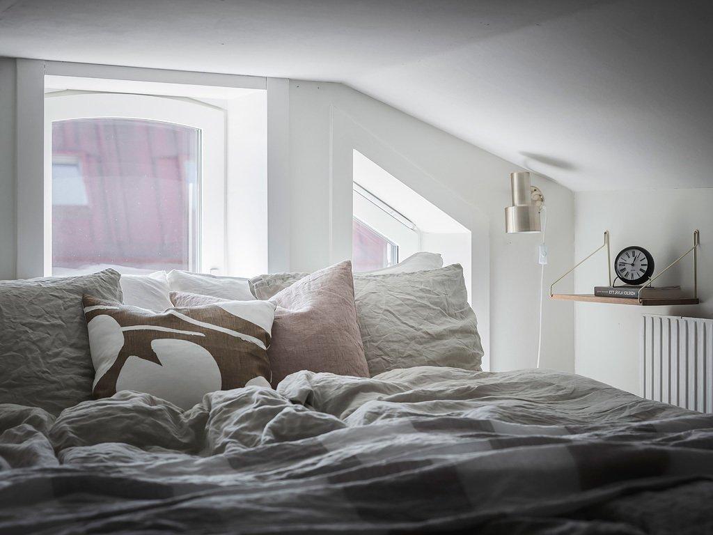 scandinavian feeling bedroom cozy hygge nook 3