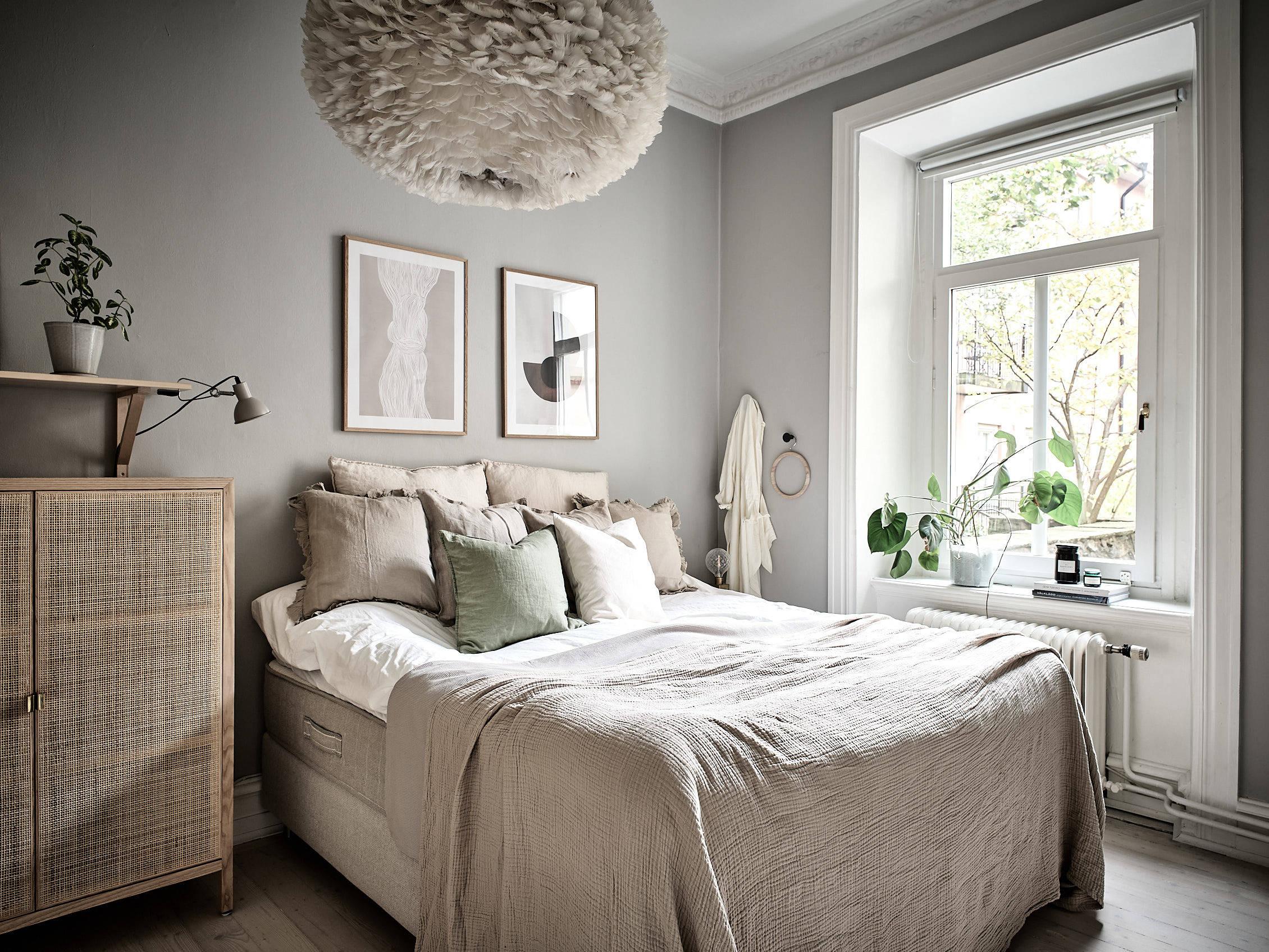 scandinavian feeling cozy bedroom beige 1