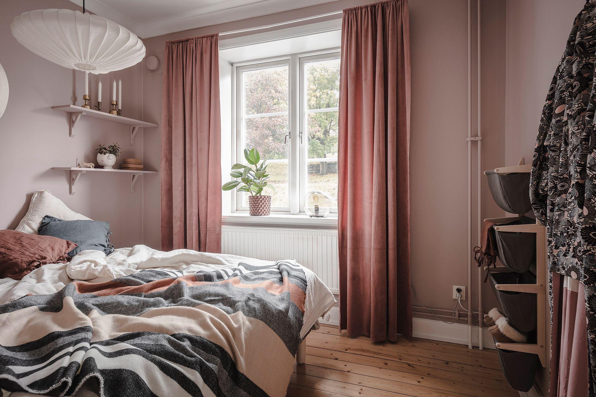 scandinavian feeling cozy bedroom cozy pink 3
