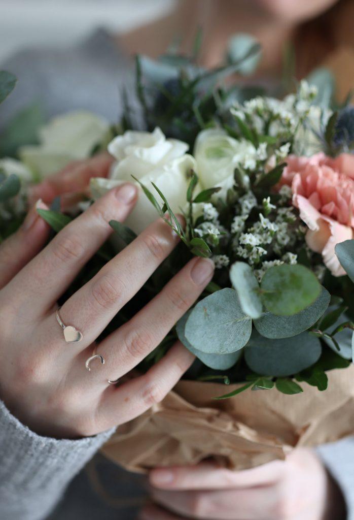 scandinavian feeling valentines flowers rings