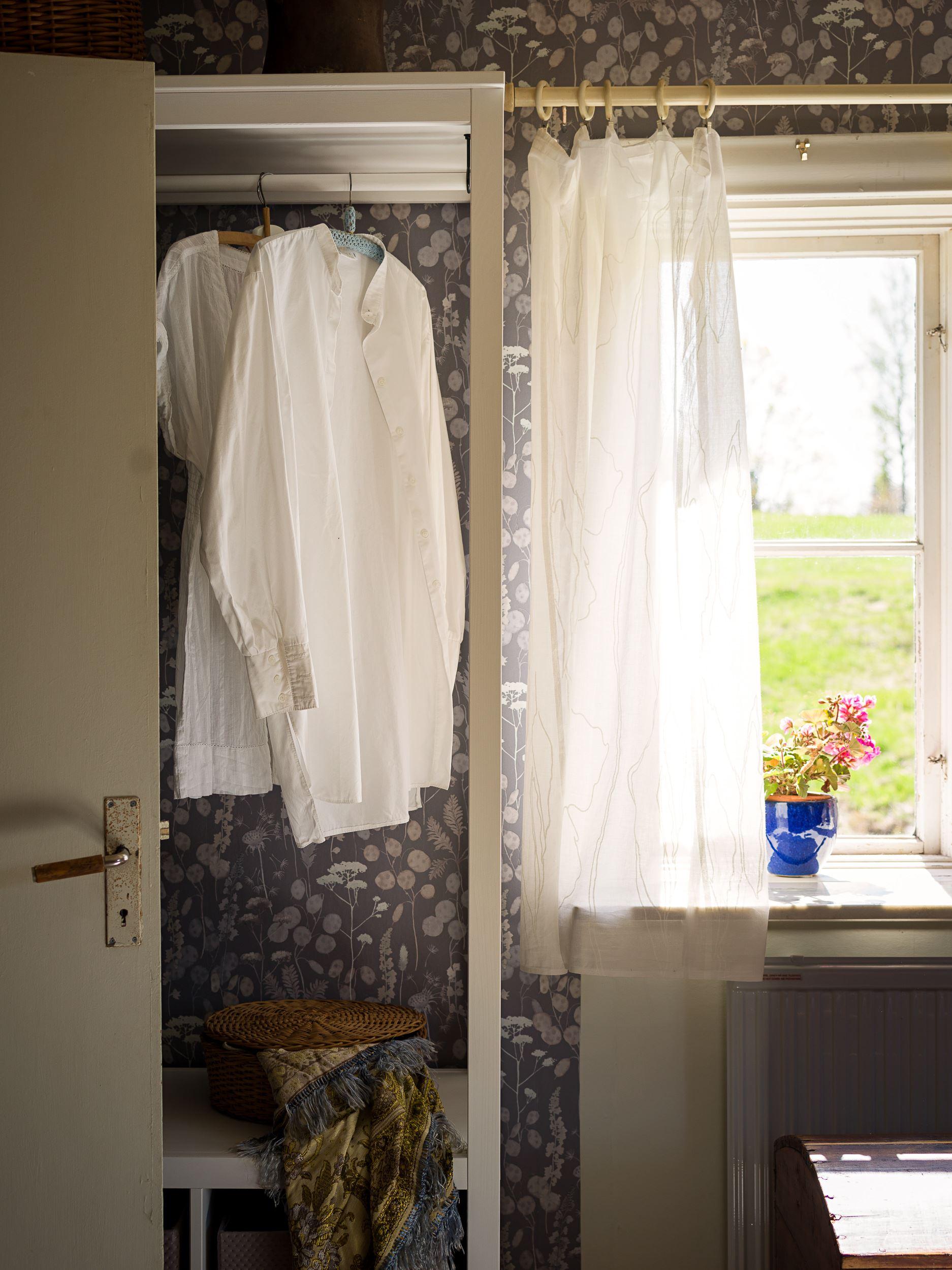 scandinavian feeling idyllic swedish cottage hygge 12