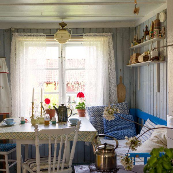 scandinavian feeling idyllic swedish cottage hygge